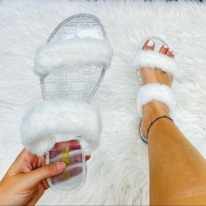 White fur rhinestoned sandal